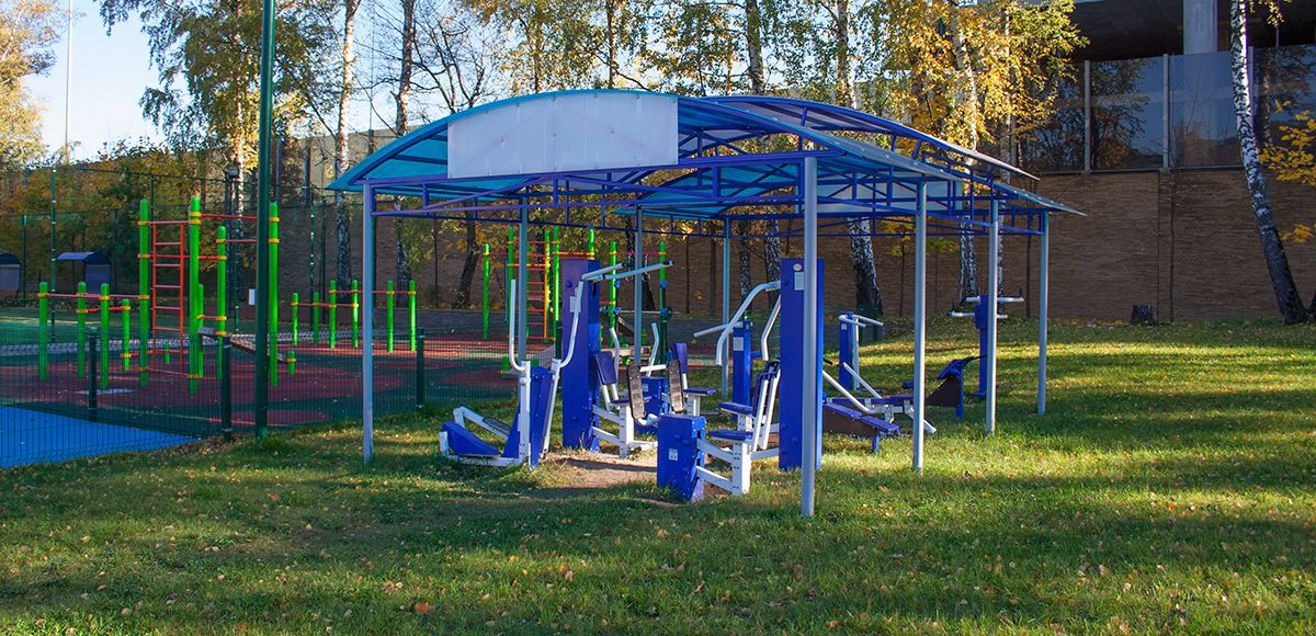 Тренажерный зал open air в Резиденции Рублево, вид 2